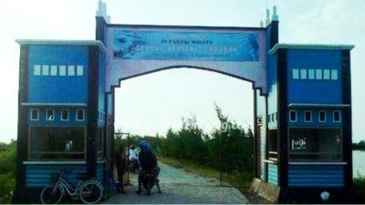 Wisata Pantai Caruban di Kab. Rembang