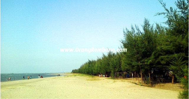 Wisata-Pantai-Karang-Jahe-di-Kab.-Rembang.jpg